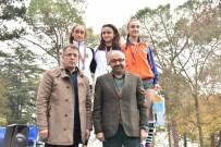 YARIŞ - Ödülleri Başkan Hüseyin Üzülmez Verdi