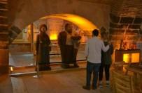 HEDİYELİK EŞYA - Odunpazarı'nın Müzelerine Ziyaretçi Akını