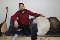 DAVUL ZURNA - İTÜ'de Konservatuvar Eğitimi Aldı, Sokak Düğünlerinde Davul Çalıyor