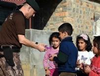 ÖZEL HAREKAT POLİSLERİ - Özel harekat polislerinden çocuklara 'özel' ilgi