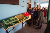 KILIMLI - Top Oynarken Kalp Krizi Geçiren Çocuk Son Yolculuğuna Uğurlandı