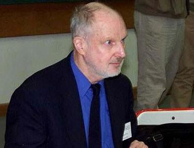 CIA'in eski görevlisine FETÖ'den yakalama kararı