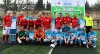 OĞUZ ÇETIN - Eski Milli Takım Oyuncuları İle Mahkumlar Yeşil Sahada