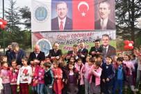 İstasyon Mahallesindeki Çocuklar Yeni Halı Sahalarına Kavuştu