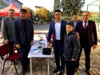 YURTTAŞ - Kaymakam Kılınç'ta Başarılı Öğrenciye Laptop