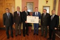 GAZİ YAKINI - Müftülükten Burs Kampanyasına 120 Bin Lira Destek