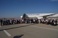 GAZİ YAKINLARI - Şırnaklı 184 Öğrenci Antalya'yı Gezecek