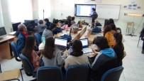 BAKIŞ AÇISI - Bir Hediye Kutusu Bir Okulun Ufkunu Açtı