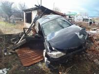 ADAKÖY - Bolu'da Trafik Kazası Açıklaması 5 Yaralı