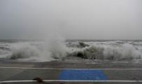 HASAN AKGÜN - Büyükçekmece Lodos Fırtınasına Hazırlıksız Yakalanmadı