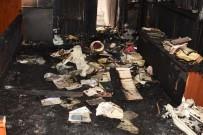ÇANAKKALE BELEDİYESİ - Çanakkale'de Çıkan Yangında Cami Kullanılmaz Hale Geldi