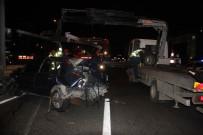 METROBÜS DURAĞI - E-5'Te Feci Kaza Açıklaması 1 Ölü, 4 Yaralı