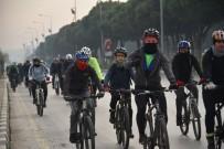 BİSİKLET TURU - Hava Kirliliğine Dikkat Çekmek İçin Pedal Çevirdiler