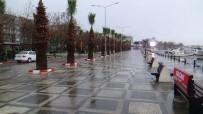 ŞİDDETLİ LODOS - Silivri'yi Lodos Vurdu