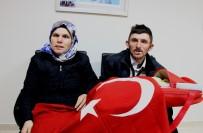 TıP FAKÜLTESI - 15 Yıl Sonra Çocuk Sahibi Olan Çift Bebeklerini Türk Bayrağına Sardı