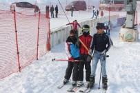 KAYAK MERKEZİ - Ağrı'da Kayak Sezonu Başladı