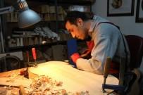 KLASIK MÜZIK - Belçikalı Sanatçının Viyolonseli İskenderunlu Luthierden