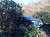 SALIH ŞAHIN - Beykoz'da Yoldan Çıkan Lüks Araç Metrelerce Aşağı Uçtu
