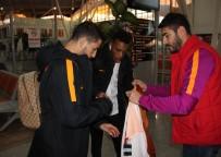 TARIK ÇAMDAL - Galatasaray Kafilesi Sivas'a Geldi