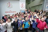 KARŞIYAKA BELEDİYESİ - Gazeteci Vecdi Altay'ın Adı Çocuk Kulübü'ne Verildi