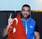 MILLI TAKıM - Kemerini Cumhurbaşkanı Erdoğan'a Hediye Eden Dünya Şampiyonu, Türkiye'de Ringe Çıkmak İstiyor