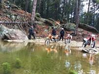KARıNCALı - Motosiklet Tutkunları Doğayı Keşfediyor