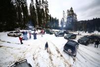 GALATASARAY ÜNIVERSITESI - Öğrenciler Kar Safarisi Yaptı