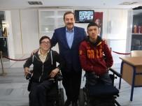BEDENSEL ENGELLİ - (Özel)   Engelli Öğrencilerin Asansör Sevinci