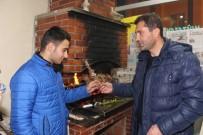 AHMET ZENGİN - 25 Martspor Yöneticilerinden Sporculara Cağ Kebabı Dopingi