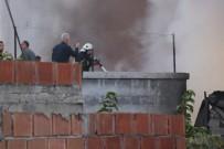 YAĞ FABRİKASI - Adana'da Yemeklik Yağ Deposundaki Yangın Söndürüldü