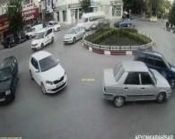 TRAFİK IŞIĞI - Afyonkarahisar'daki Trafik Kazaları MOBESE'de