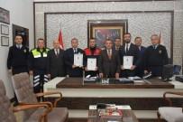 POLİS MEMURU - Antalya'da Ayın Polisleri Ödüllendirildi