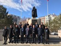 HAYDAR ALİYEV - Asimder Ve Azerbaycan Heyeti Aliyev'i Andı