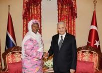 GAMBIYA - Başbakan Yıldırım, Gambiya Cumhurbaşkanı Yardımcısı İle Bir Araya Geldi