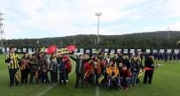 YıLDıZLı - Çocuklar Fenerbahçe Antrenmanını Takip Etti