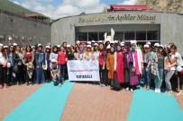 GAZİ YAKINLARI - Gençler Farklı Şehir Ve Kültürleri Tanıdı