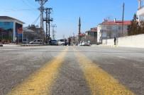 KALDIRIM ÇALIŞMASI - İpekyolu Modern Yollara Kavuştu