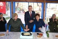 KOCABAŞ - Mahalleli Kadınlardan Başkan Işık'a Pastalı Teşekkür