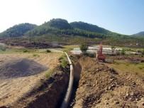 VEYSEL EROĞLU - Orman Ve Su İşleri Bakanlığı Alaköprü Sulama Projesine Hızla Devam Ediyor
