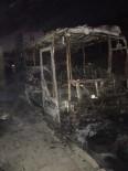 BEYKENT - (ÖZEL HABER) Büyükçekmece'de Otobüs Alev Alev Yandı
