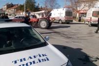 Traktör İle Hafif Ticari Aracın Kazası Kamerada