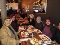 MÜFTÜ VEKİLİ - Vali Güvençer Ve Eşi Öğrencilerle Kahvaltıda Buluştu