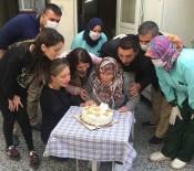 DOĞUM GÜNÜ - 84 Yaşında İlk Kez Doğum Günü Kutladı