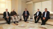 SELAHATTIN GÜRKAN - Başkan Gürkan Hayat Vakfını Ziyaret Etti