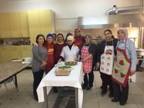 Burhaniye'de Aşçı Yardımcılığı Kursu Açıldı