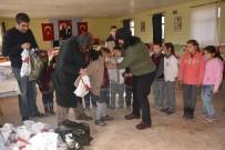 KIŞ MEVSİMİ - KORENDER  30 Öğrenciyi Giydirdi
