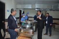 MURAT ÇELIK - Korkuteli'de Öğrencilerin Yemeklerine Denetim