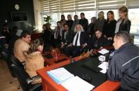 ENGELLİ GENÇ - Kulu'da Engellilerden Polis Ve Jandarmaya Ziyaret