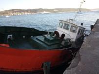ŞİDDETLİ LODOS - Lodos Tekne Batırdı