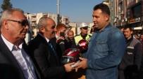 ALI AKYÜZ - Mut'ta Motosiklet Sürücülerine Kask Dağıtıldı